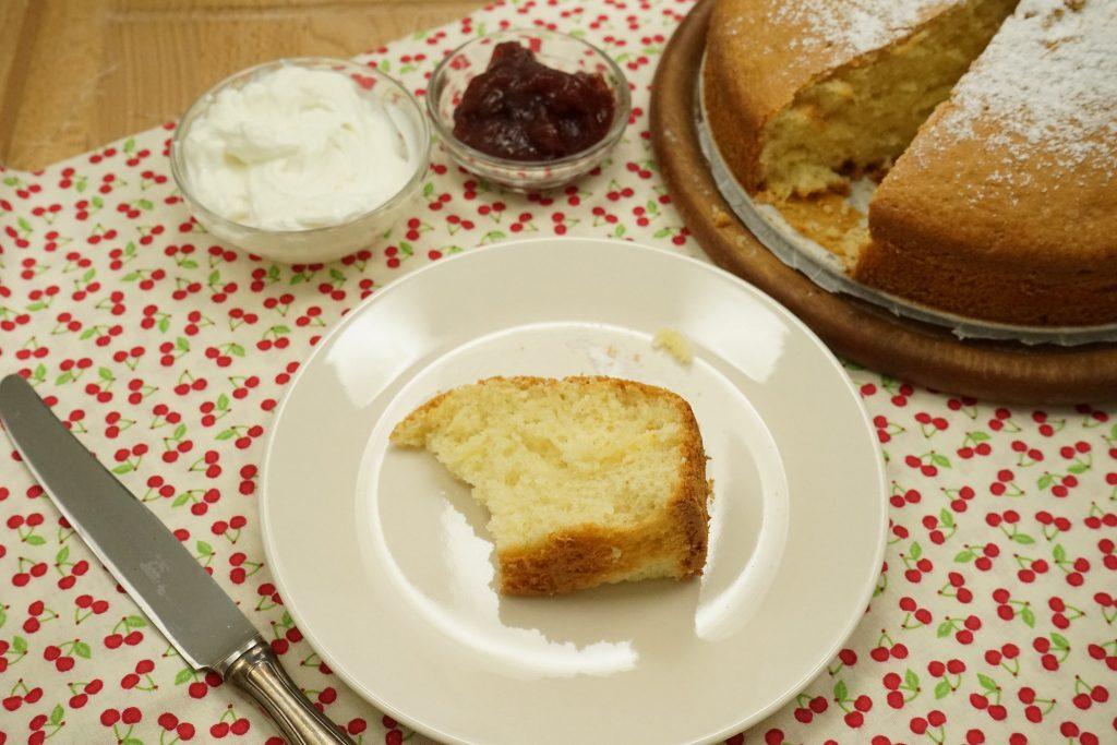 Torta allo yogurt greco. © Ricette Bimby