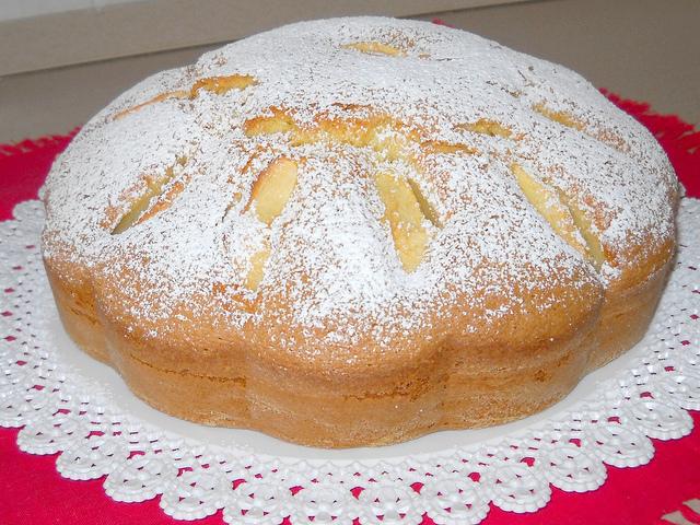 Torta di mele con amaretto di Saronno