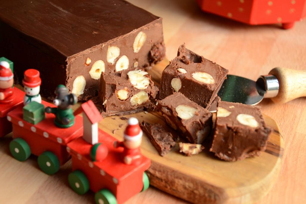 Buon Natale Con Il Torrone.Torrone Al Cioccolato