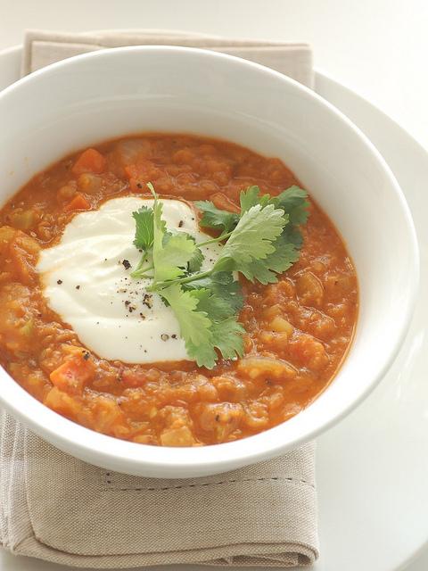 Zuppa di miglio e lenticchie rosse
