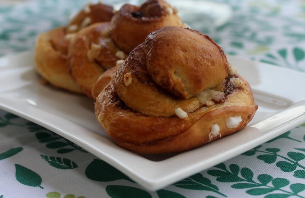 Cinnamon rolls: brioches alla cannella