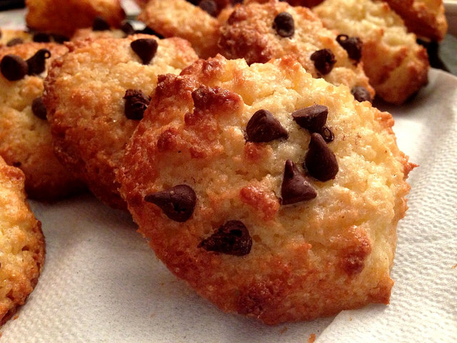 Biscotti al cocco e cioccolato bimby tm31 tm5 for Bimby ricette dolci