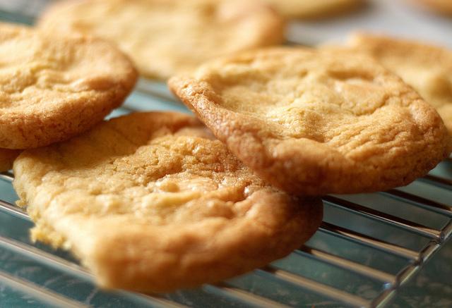 Biscotti senza uova con arancia e cannella