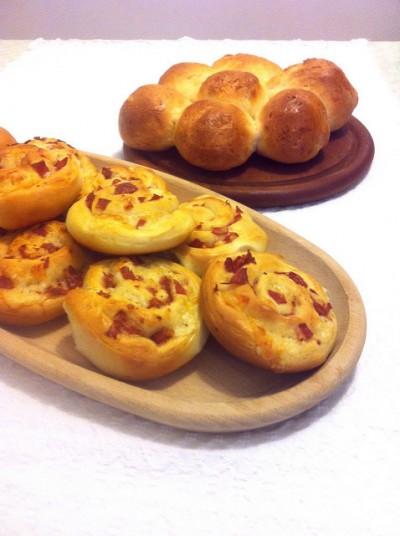 Girelle salate con prosciutto e formaggio