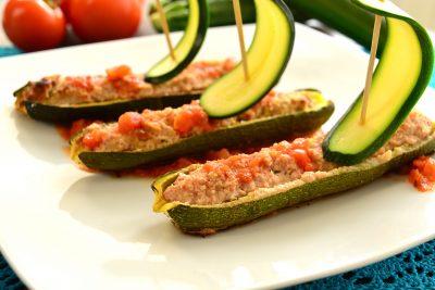 Zucchine ripiene di carne e salsiccia