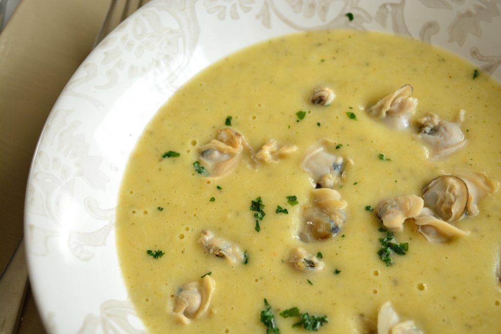 Zuppa di vongole e patate