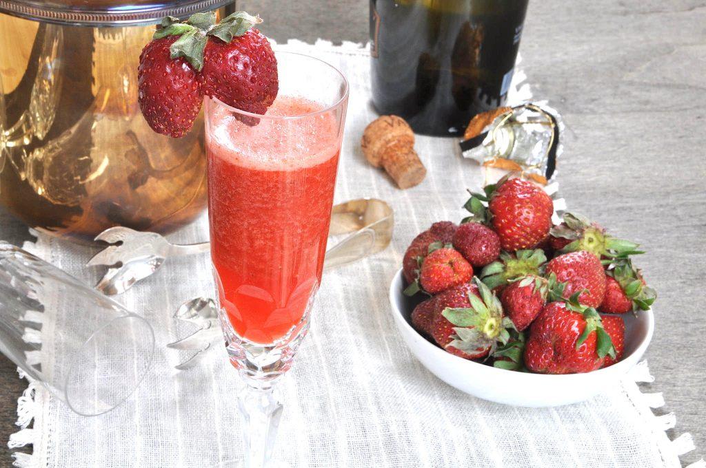 Rossini: aperitivo fragole e prosecco