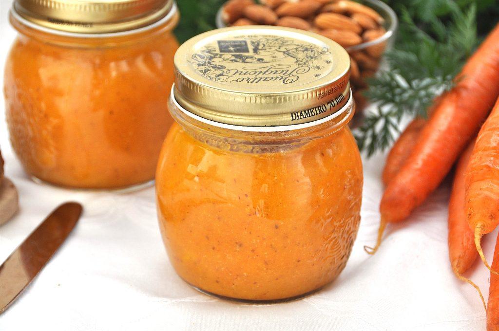 Confettura carote e mandorle