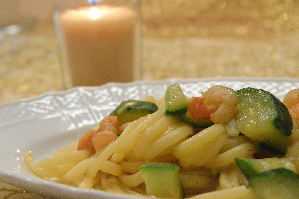Pasta risottata zucchine e gamberetti