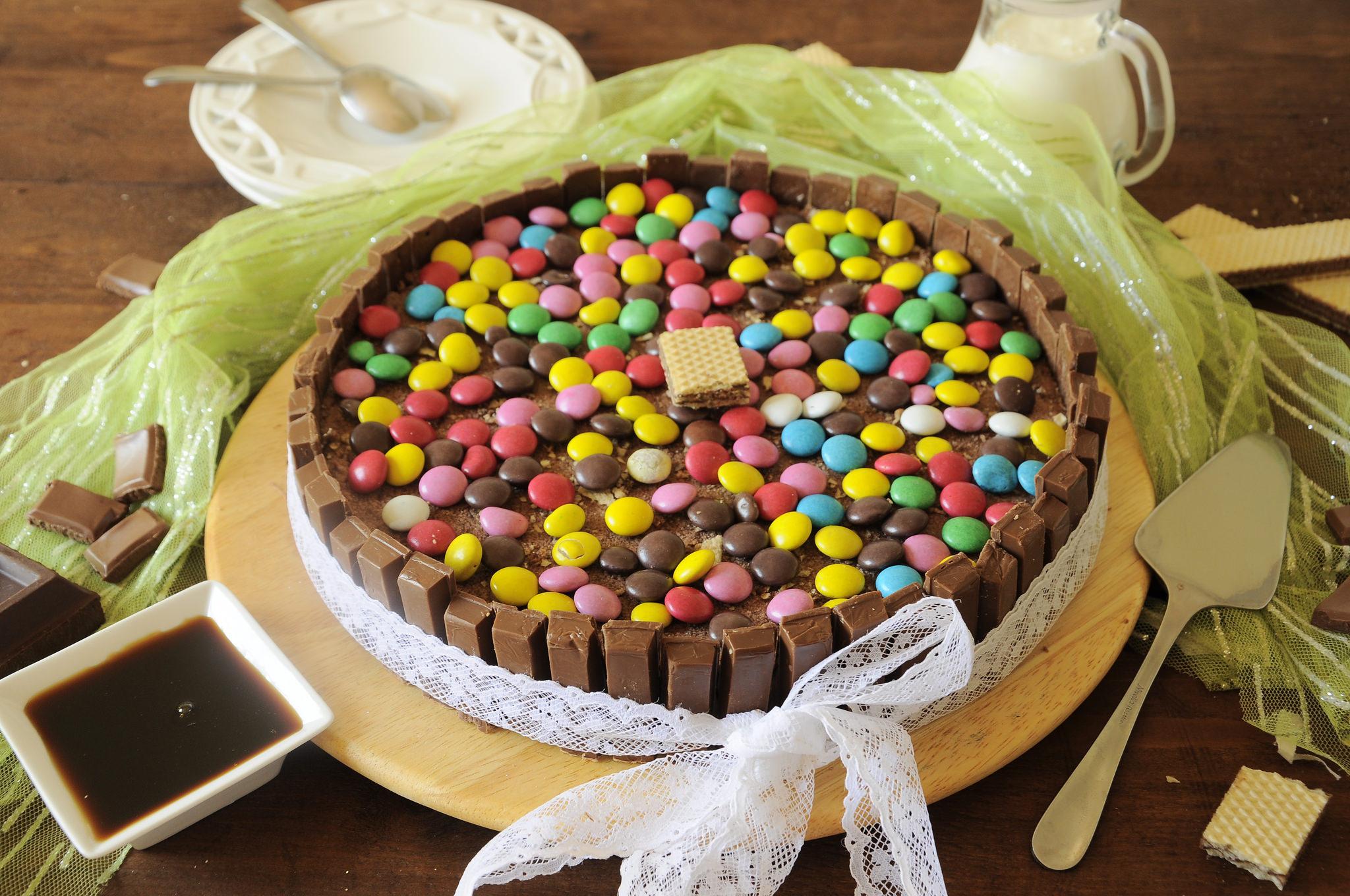 [Immagine: torta-kit-kat-e-smarties-bimby.jpg]