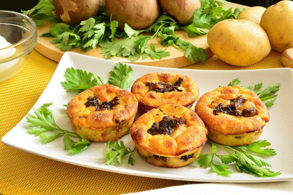 Sformato di patate con prosciutto, funghi e mozzarella