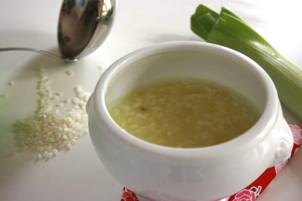 Minestra di riso, porri e patate