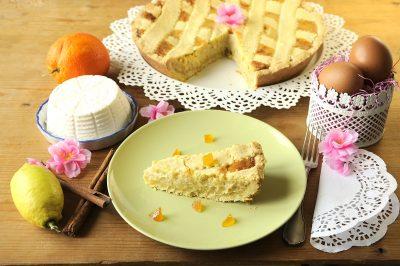 Pastiera con crema, ricotta e arancia