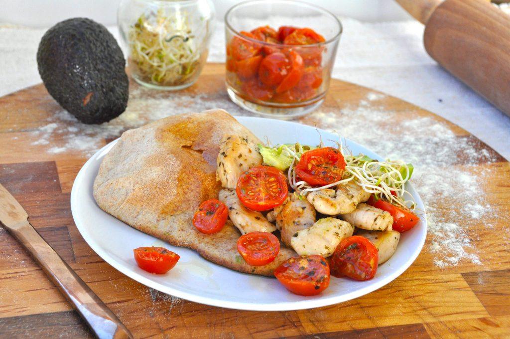 Insalata di pollo e pita