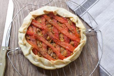 Torta rustica peperoni e tonno
