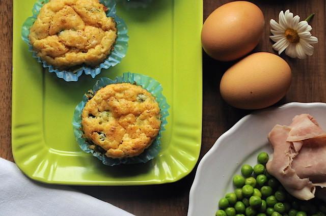 Muffin piselli e prosciutto