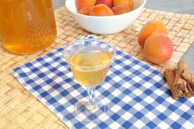 Liquore albicocca