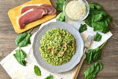 Risotto con spinaci e speck