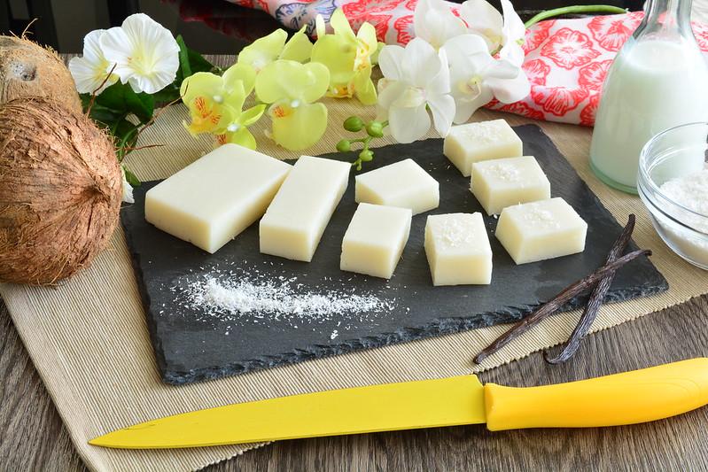 Haupia panna cotta senza gelatina al cocco